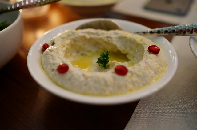 What_would_the_Middle_East_be_without_hummus_18_640.jpg