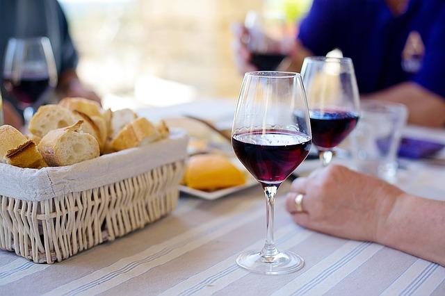 red-wine-1433498_640.jpg